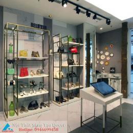 Mẫu thiết kế shop túi xách sang trọng