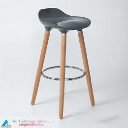 Ghế quầy bar chân gỗ