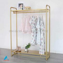 Quầy tủ kệ trưng bày váy